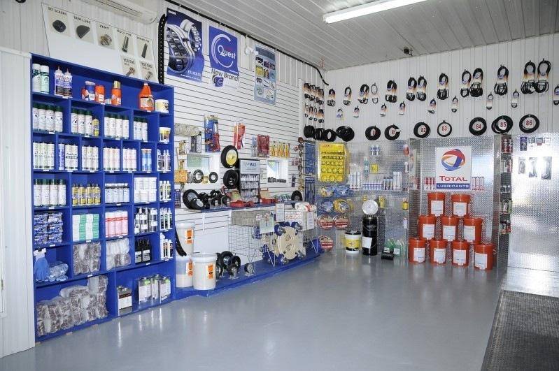 st-jean-bearing-interieur-service-client-section-clients-3